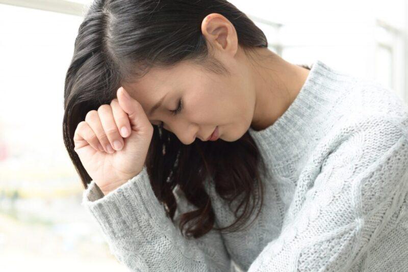 自律神経の不調に悩む女性